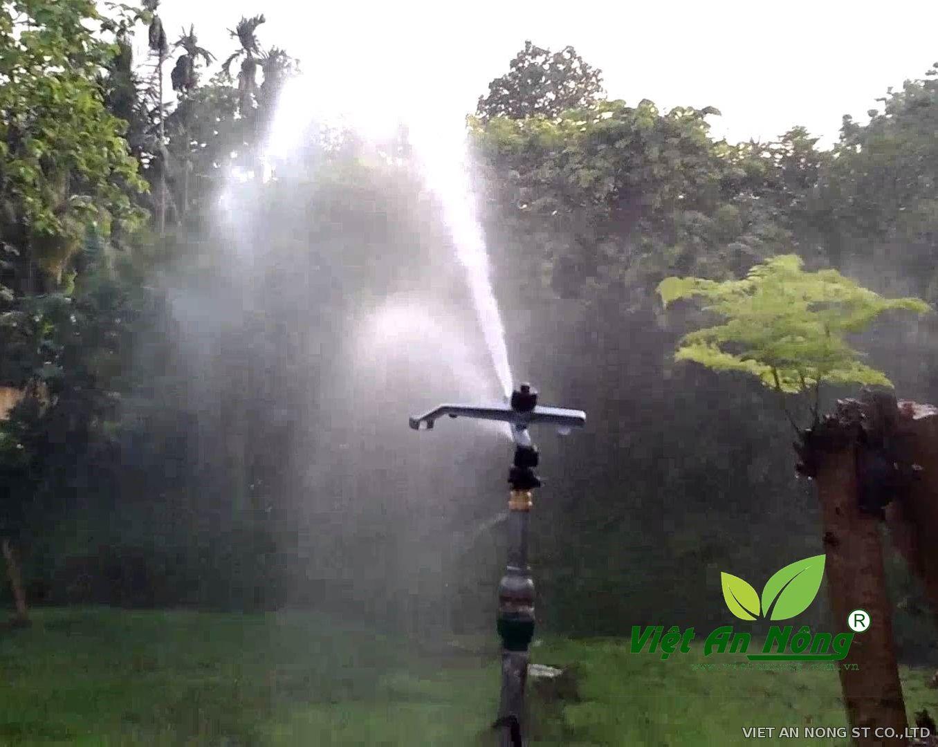 """Súng tưới cây ATMA - Ấn Độ chân ren 49mm (1 1/2"""")"""